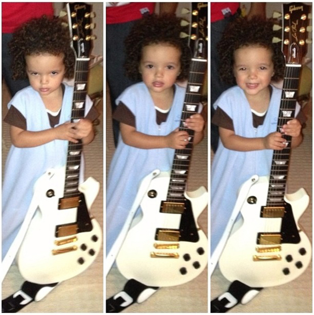 Filho de Mariah Carey quer ser estrela do rock