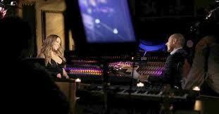 Mariah Carey sendo entrevistada por Matt Lauer
